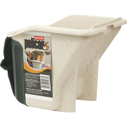 Picture of Wooster Pelican 1 Qt. Green & White Painter's Bucket with Magnetic Brush Holder